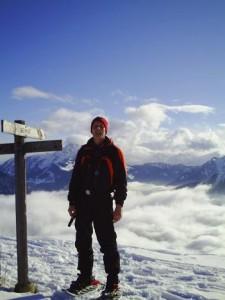 Snowshoeing in Drouzin le Mont